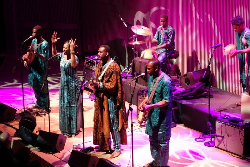 West-African-Mali-Bassekou-Kouyat-Ngoni-Ba-4