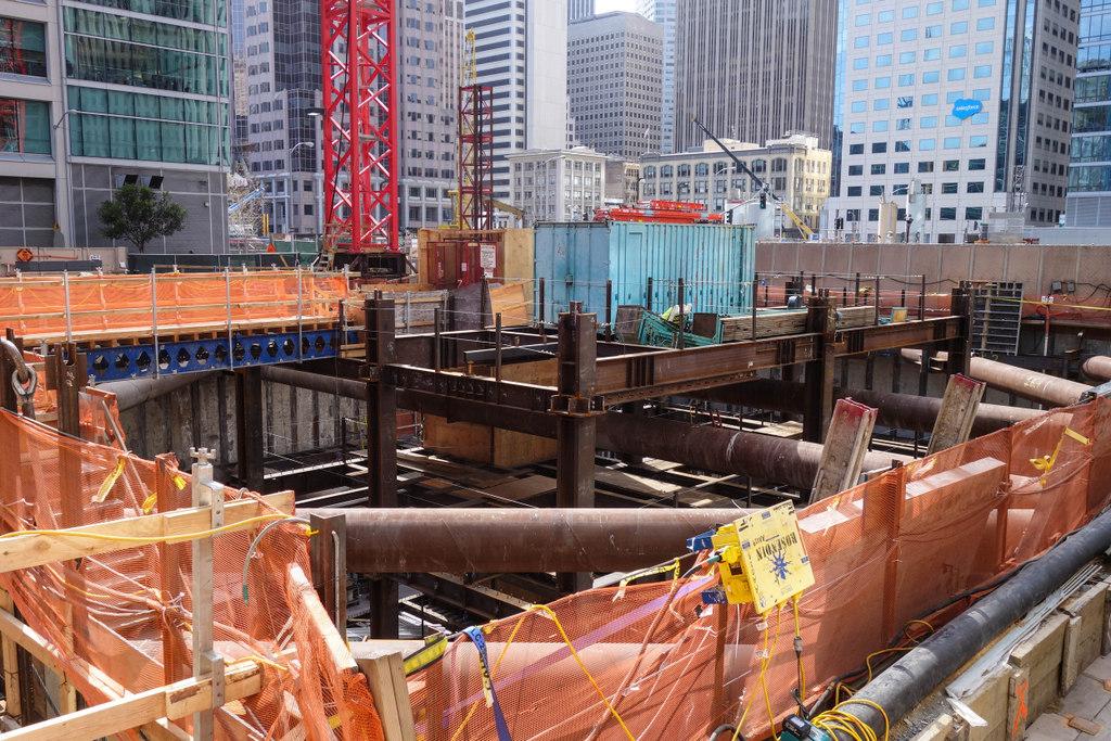 181-fremont-park181-spring-2015-steel-frame-rising
